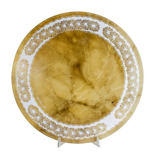 agata-alabaster-plate-with-daisies-fretworks
